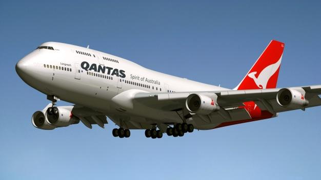 747_qantas_by_emigepa-d8li0o8.jpg